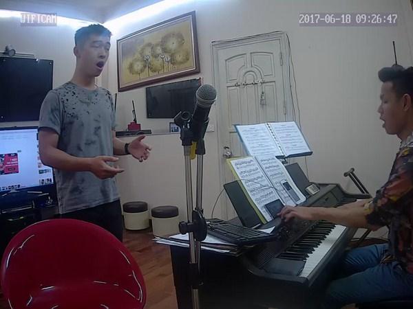 Khóa học thanh nhạc cho người lớn